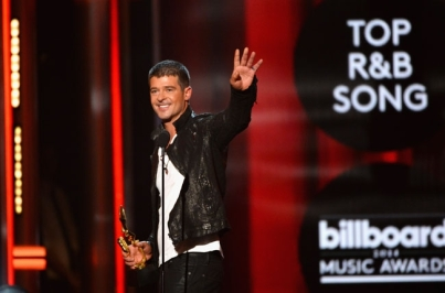 robin-thick-2014-billboard-music-awards-performance-650